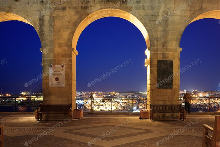 Valletta, Malta, Upper Barrakka Gardens, in the evening. Terrace with a view to the Grand harbor