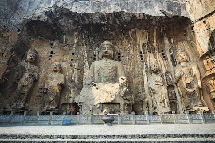 chinese longmen buddha statues
