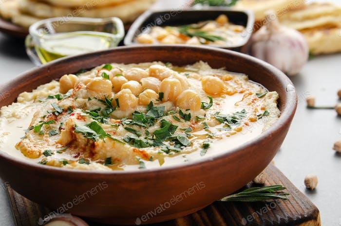 Frisch hausgemachter Hummus
