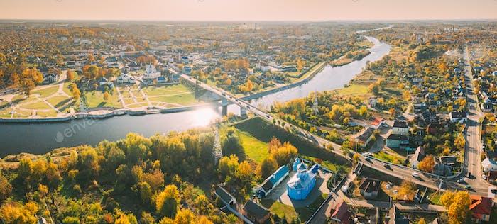 Kobryn, Region Brest, Weißrussland. Stadtbild Skyline Im Herbst Sonnigen Tag. Vogelperspektive von St