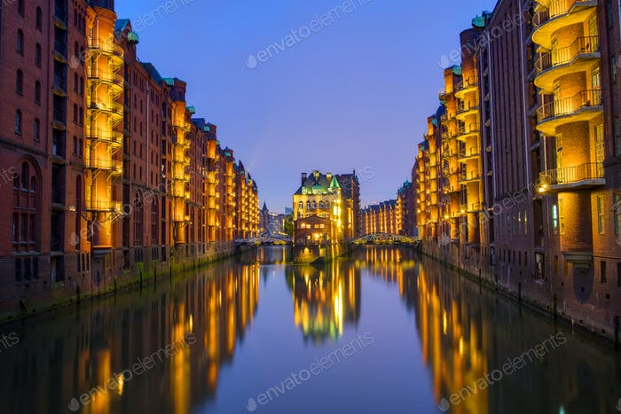 Night at the Speicherstadt