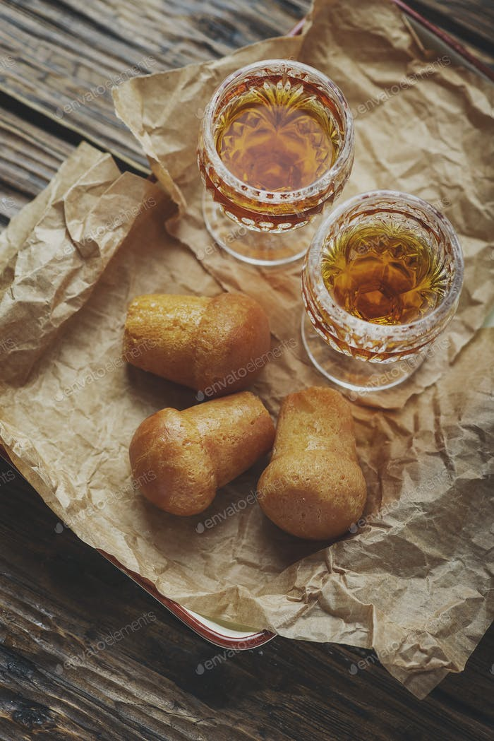 Neapolitanischer Rum Baba