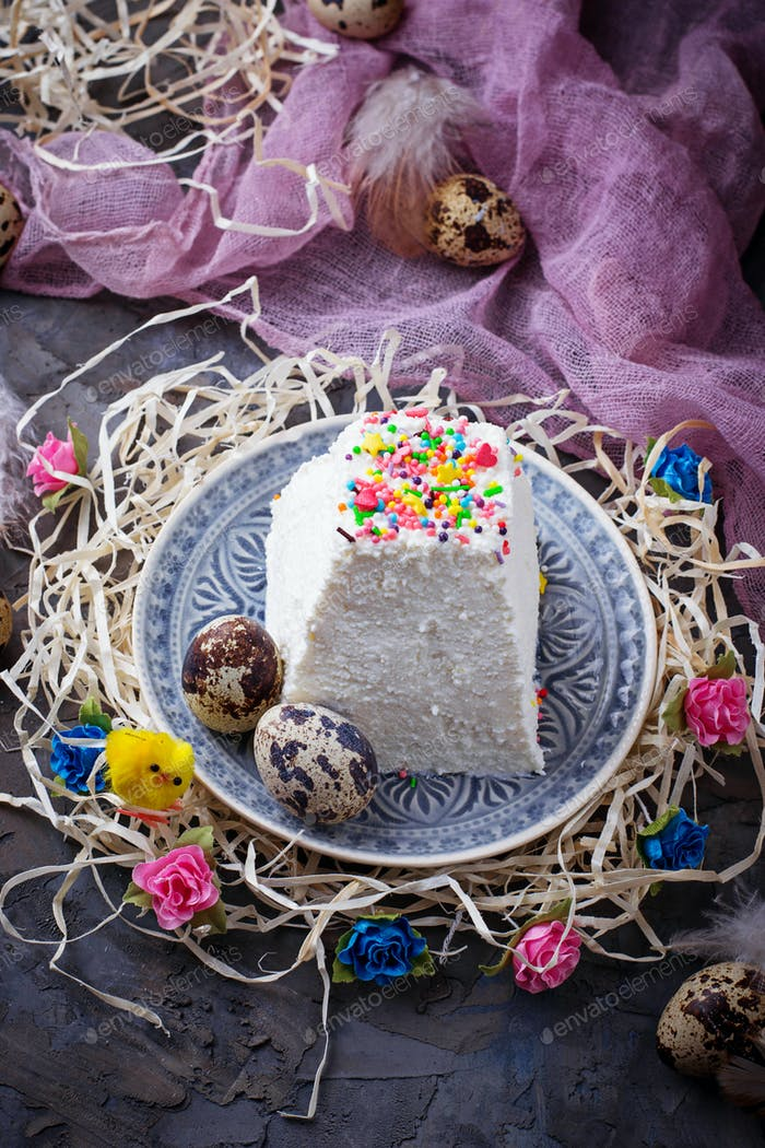 Traditional Easter cottage cheese dessert
