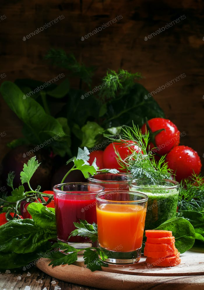 Set of vegetable juice in glasses