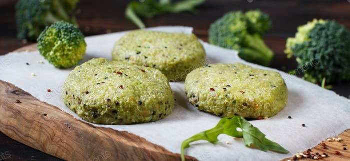 Vegetarian broccoli and quinoa burgers