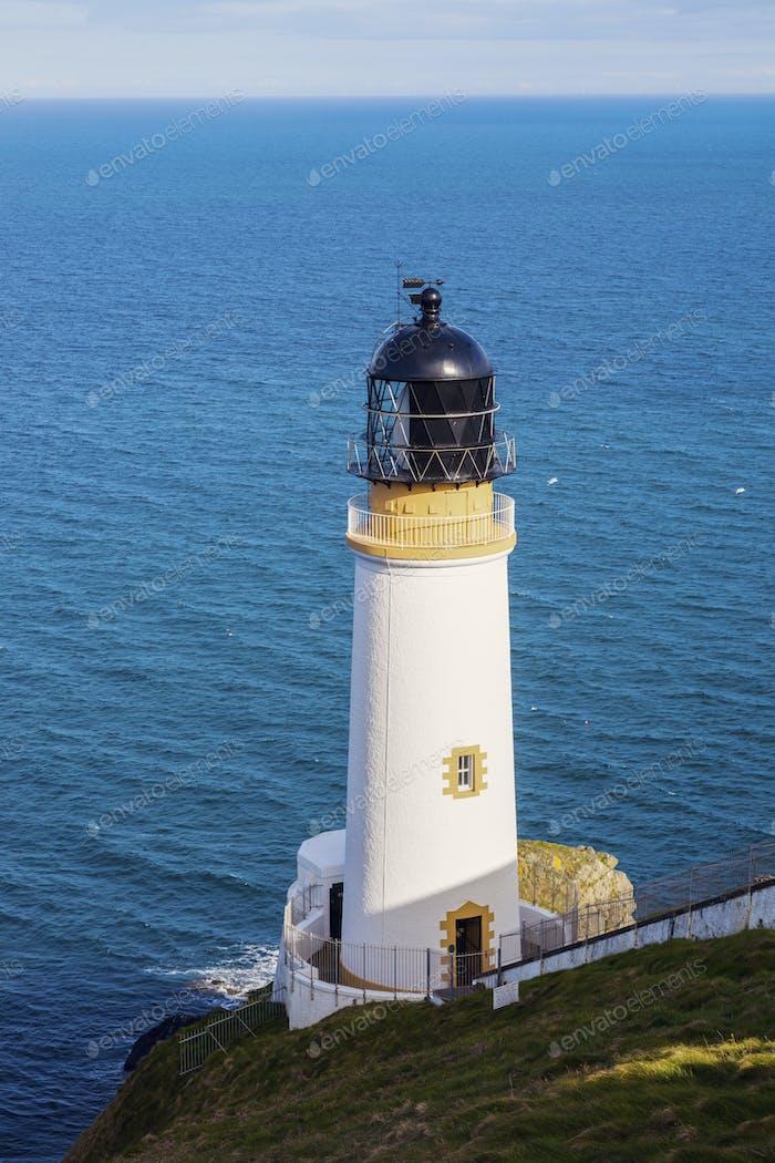 Faro de Maughold Head en la Isla de Hombre
