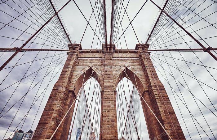 Vintage getöntes Bild der Brooklyn Bridge, New York.