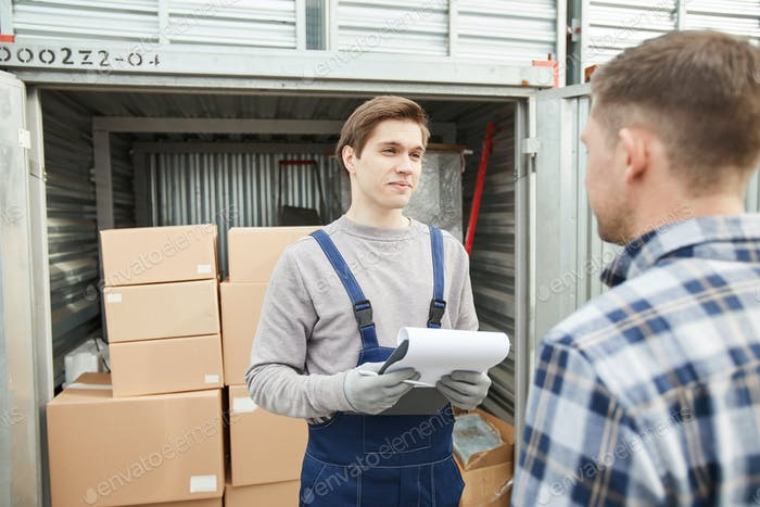 Storage worker talking to container owner