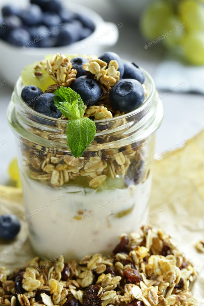 Homemade Granola with Yogurt