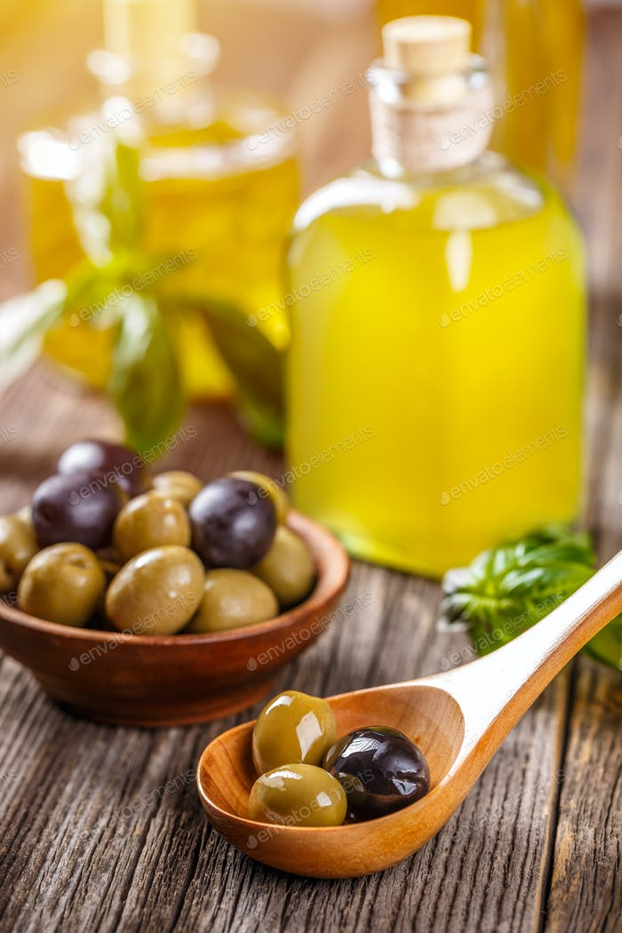 Green and black pickled olives