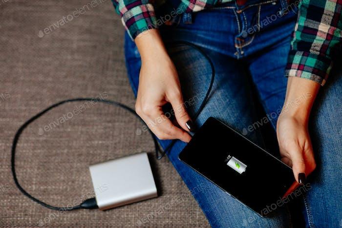 powerbank charge smartphone