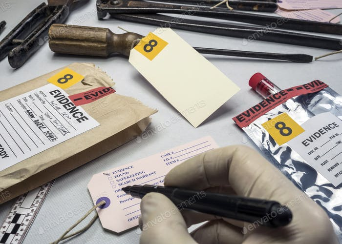 Police expert writes about label evidence number, Various laboratory tests forensic equipment