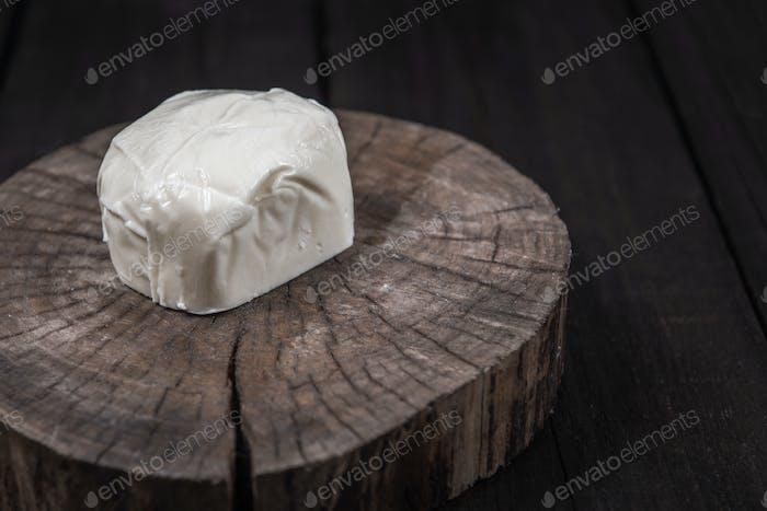 white mozzarella cheese
