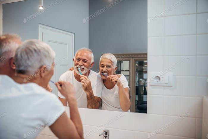 Keeping their teeth white