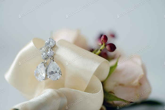Beautiful wedding jewel for bride and groom