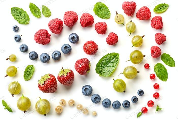 pattern of fresh berries