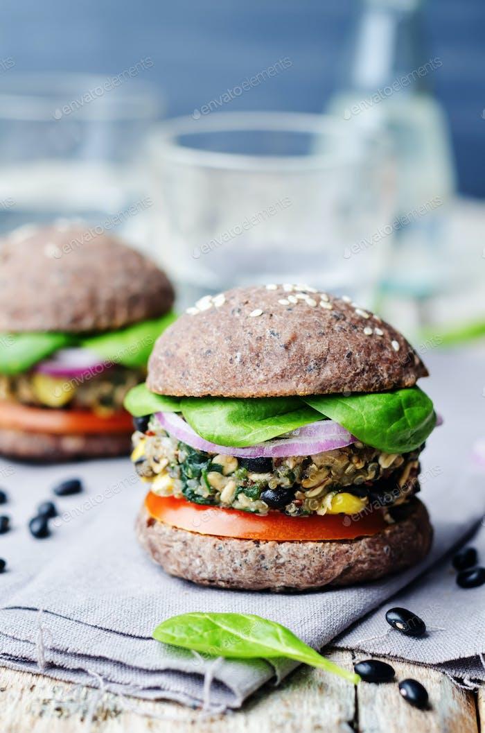 quinoa black bean spinach corn burgers with black beans bun crus