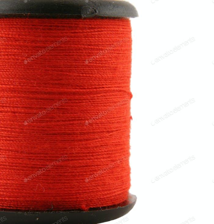 Rote Garnspule