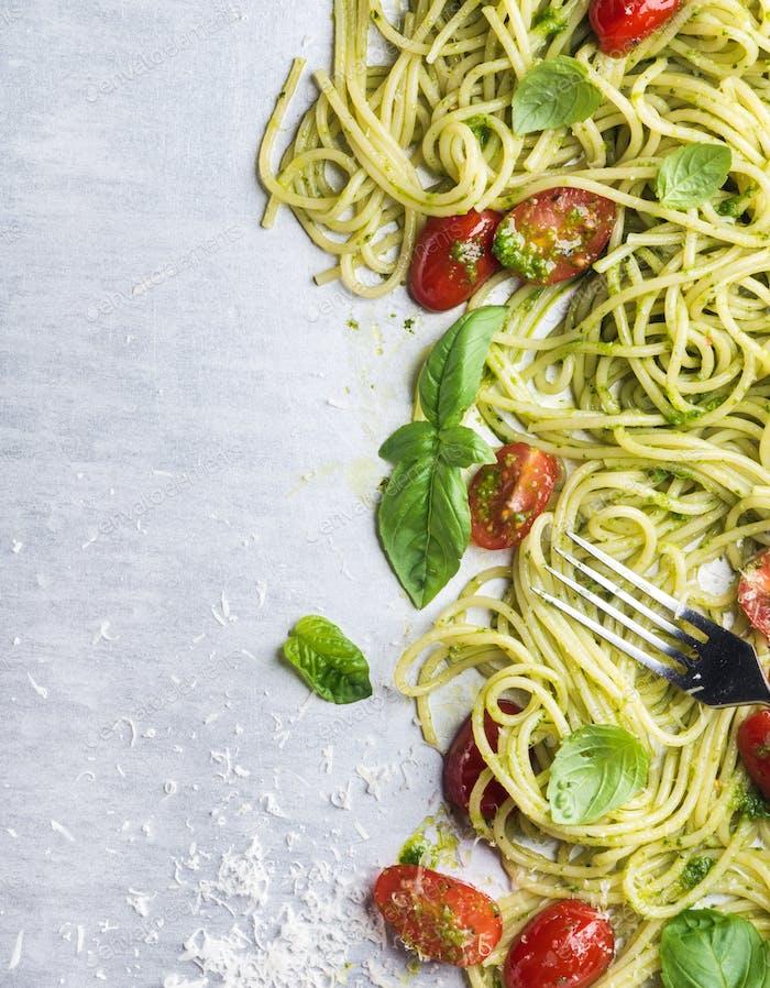Spaghetti with pesto sauce, roasted cherry-tomatoes