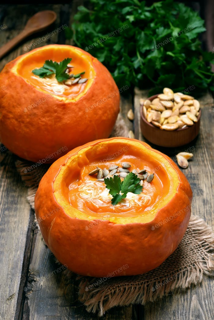 Pumpkin soup, country style