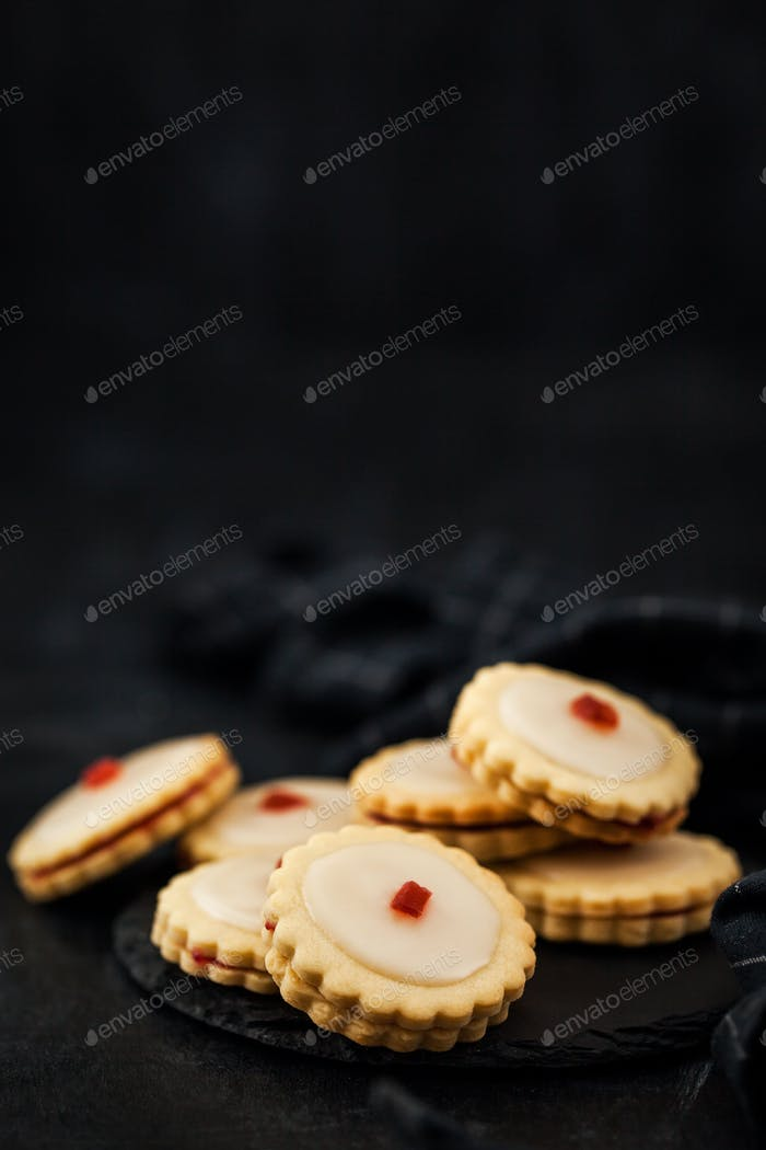 Empire shortbread sandwich cookies