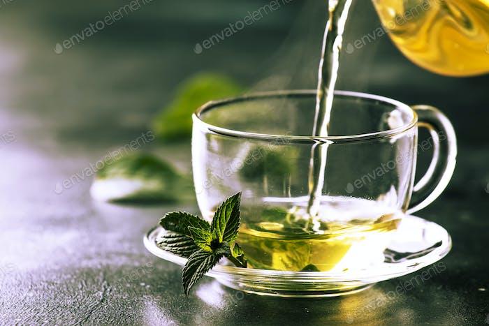 green tea with min