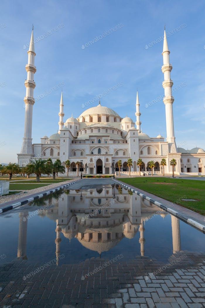 Sharjah Masjid mosque