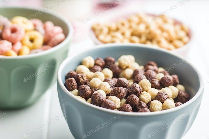 Breakfast cereal balls.