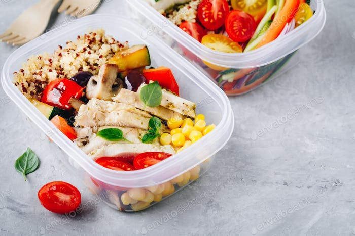Meal prep containers with quinoa, grilled vegetables and chicken