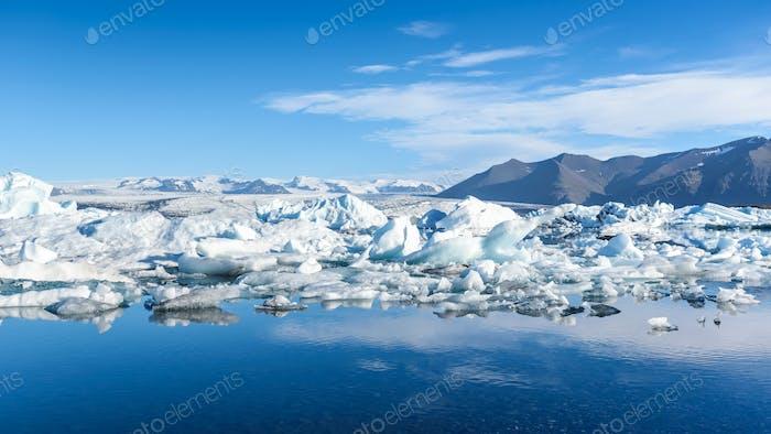 vista de los icebergs en la laguna glaciar, Islandia