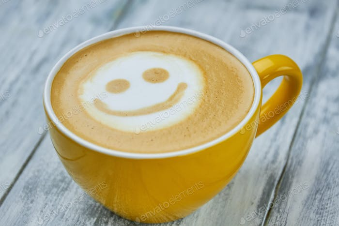 Smiley latte art