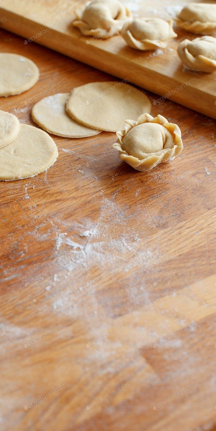 Preparation of pelmeni, ravioli, dumplings