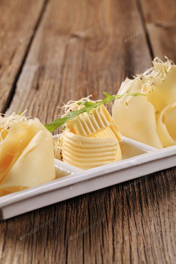 Schweizer Käse und Butter