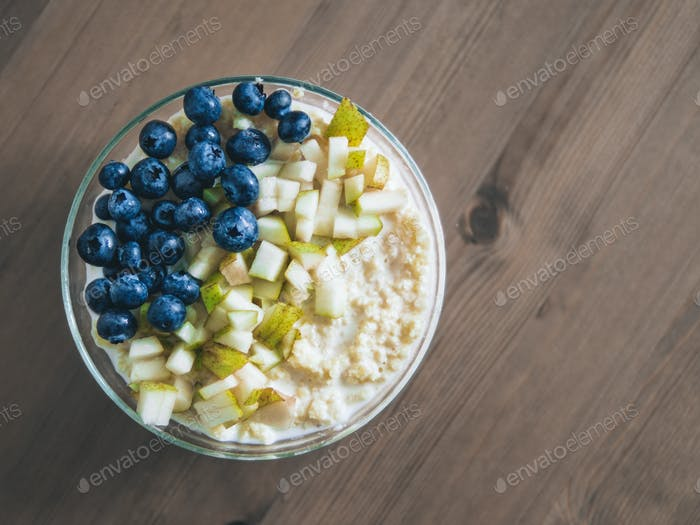 millet porridge with blueberry and pear