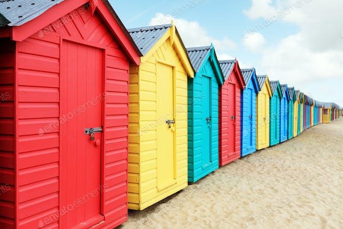 Strandhütten oder Badeboxen am Strand