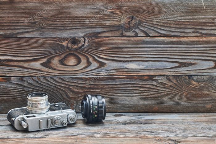 Vintage alte Retro-35mm Entfernungsmesser Kamera und Objektiv