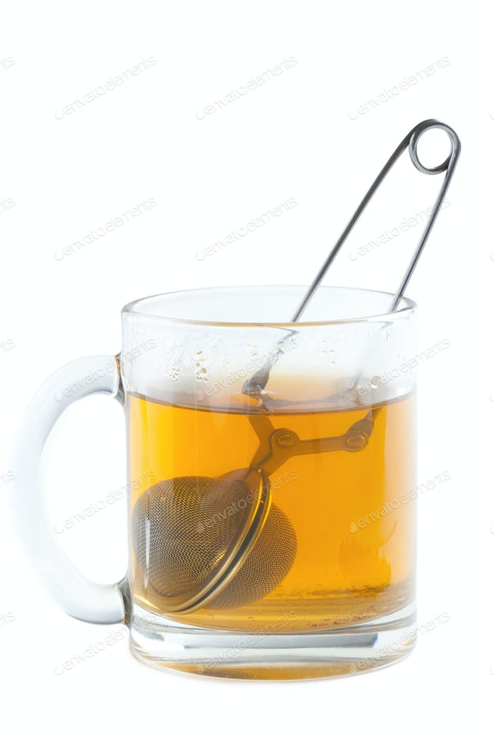 tea strainer in cup