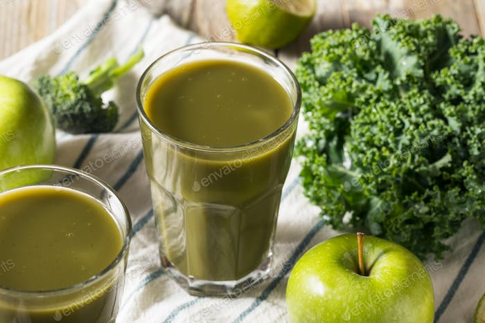 Healthy Organic Green Juice Smoothie