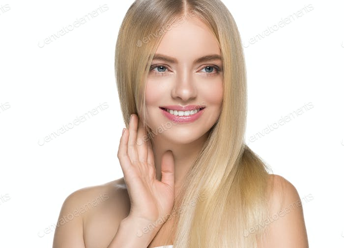 Rubio cabello mujer piel natural femenina belleza dientes sanos sonrisa