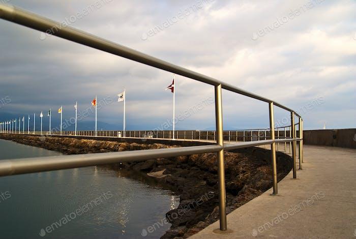 50013,Walking Path Along Shore