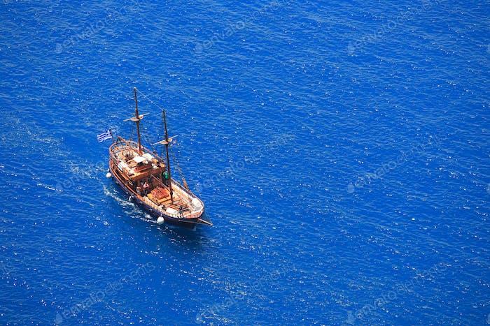Ausflugsschiff in Griechenland