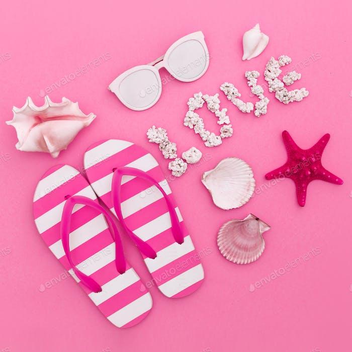 Shells. Sunglasses. I love the ocean style. Minimal art fashion