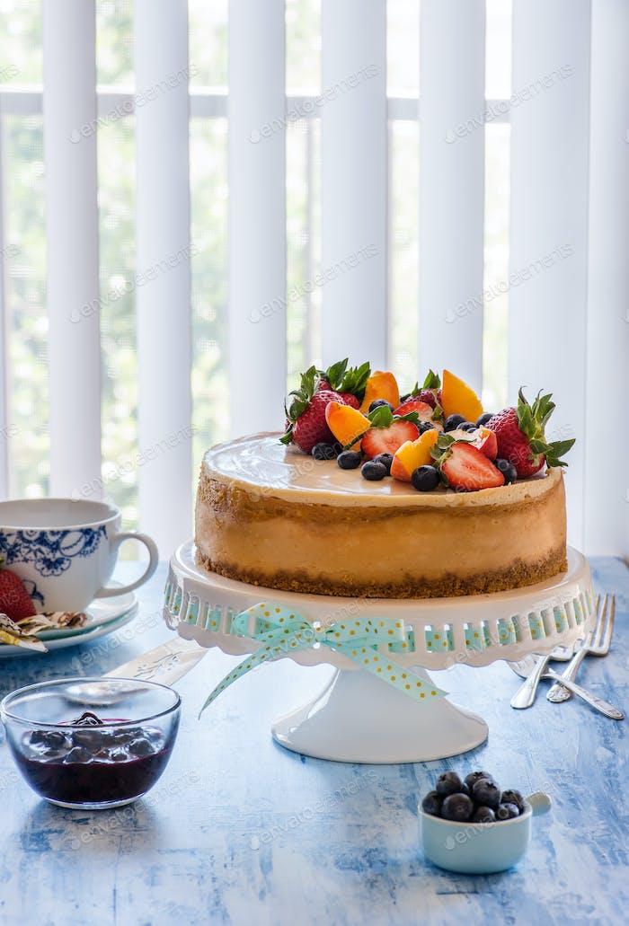 Caramel cheesecake with lemon curd