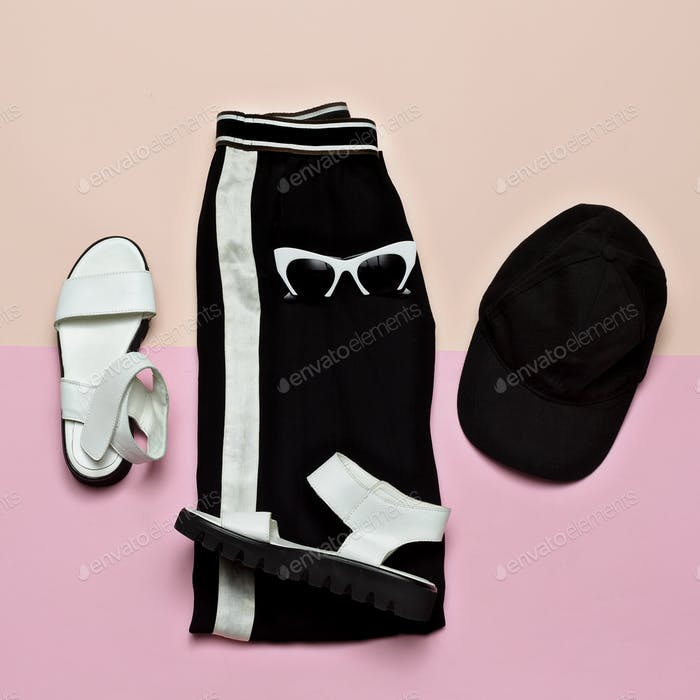 Fashion Outfit for women. Black stylish clothes. Sports Urban. M