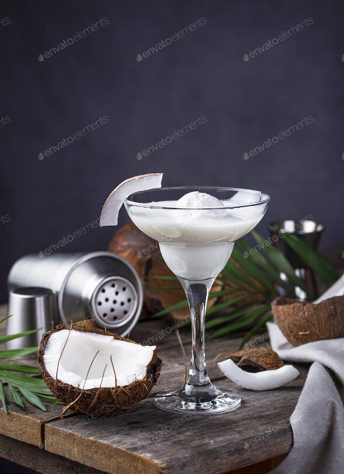 Coconut Margarita Cocktail mit Eis
