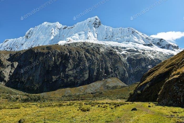 Shapraraju peak from Laguna 69 trail, Peru