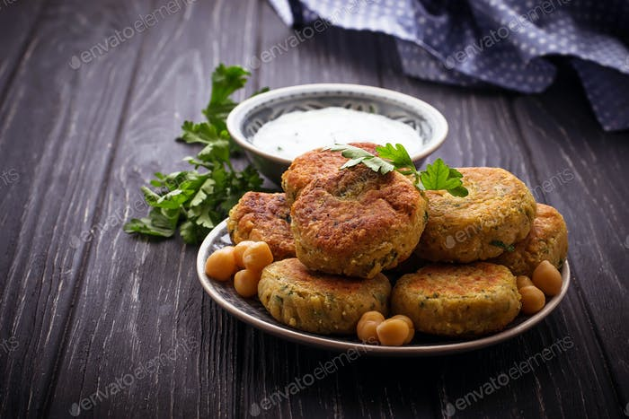 Falafel with tzatziki sauce