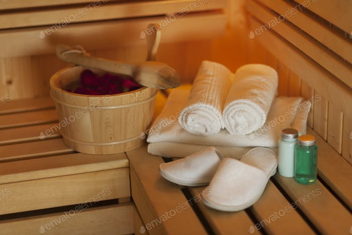 Arrangement of the health spa equipments