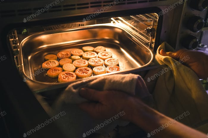 Roasting pieces of zucchini
