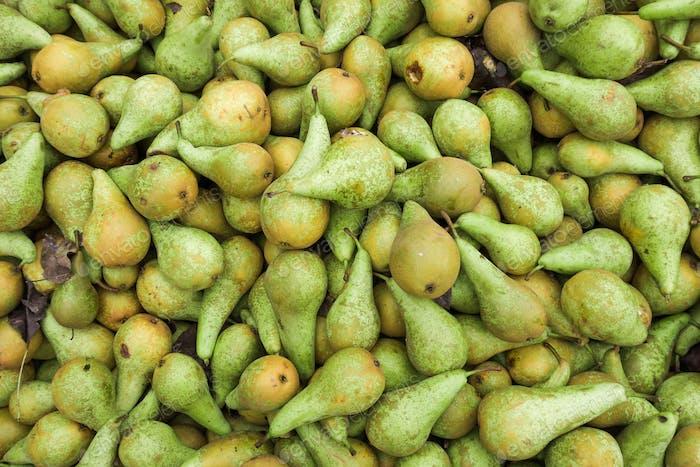 Grüne Birnen. Frische Birnen